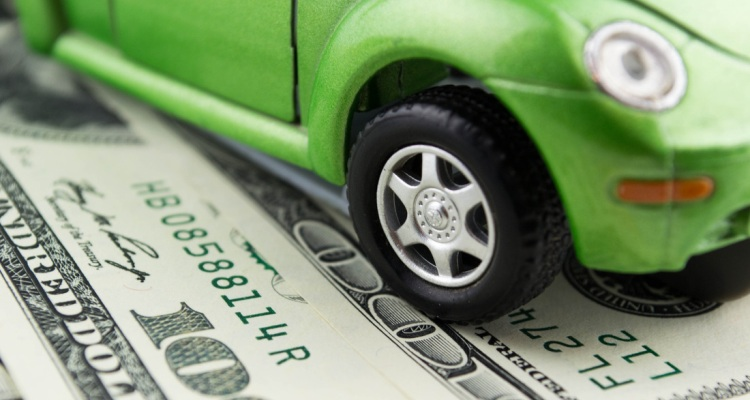 What to Pay Attention to for Auto Insurance Savings
